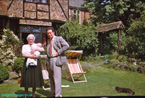 003-Grandma-Dad-and-baby-Johnny