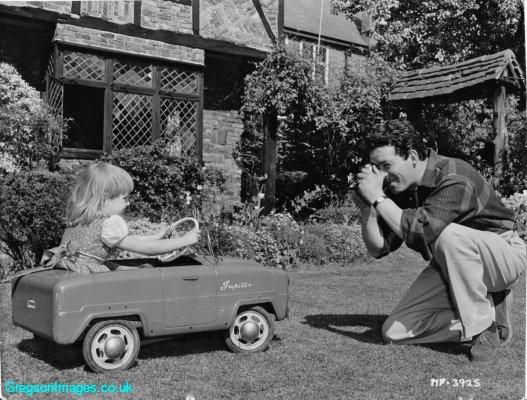 011-Cathy-and-Dad-at-Tudor-Cottage-c-1956