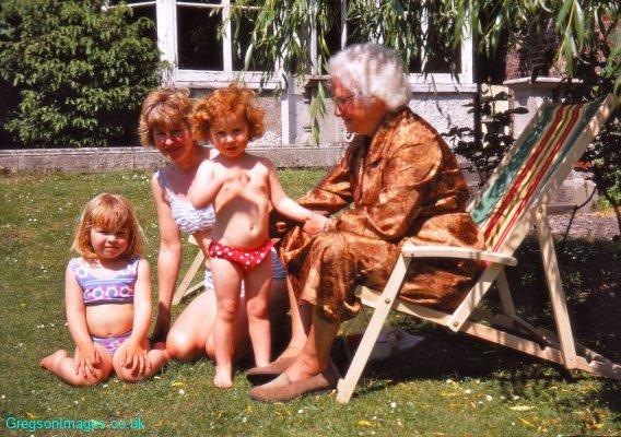188-Mary-Mum-Sally-Grandma-Creek-House-June-1969