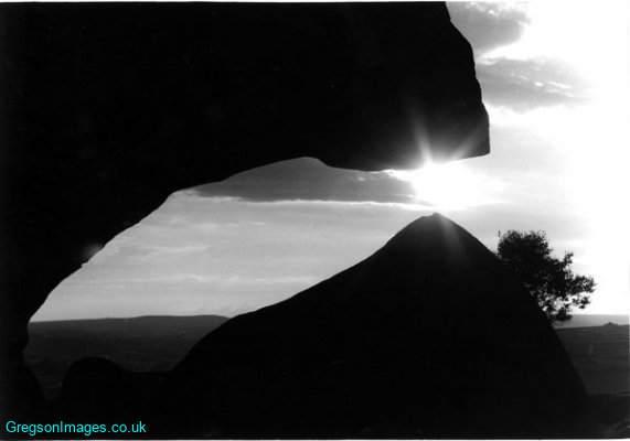06bw-brimham-rocks