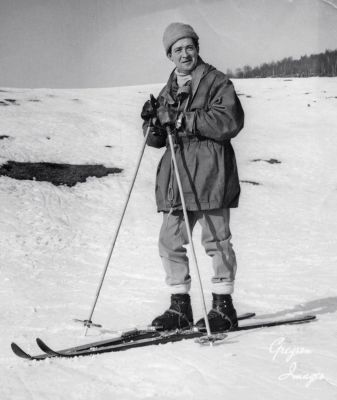 60-Dad-on-skis-maybe-in-Scotland-1969
