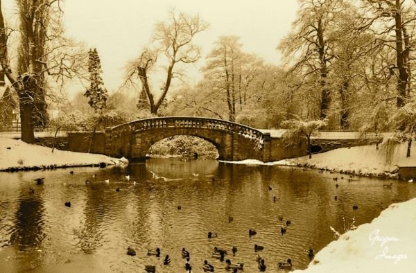 022-Stone-Bridge-in-Winter